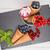 kırmızı · frenk · üzümü · meyve · dondurma · koni · ahşap · masa · odak - stok fotoğraf © homydesign