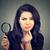 ビジネス女性 · 虫眼鏡 · 見える · 問題 · プレート - ストックフォト © ichiosea