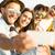 groep · glimlachend · vrienden · strand · vriendschap - stockfoto © iko
