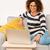 belle · femme · travail · maison · séance · canapé · portable - photo stock © iko