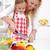 niña · feliz · comida · vegetariana · hortalizas · cocina · diversión · feliz - foto stock © ilona75