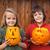 gyerekek · halloween · tök · frissen · család · lány · otthon - stock fotó © ilona75