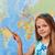 piccolo · studente · ragazza · punta · mappa · del · mondo - foto d'archivio © ilona75