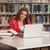 幸せ · 女性 · 学生 · 作業 · ノートパソコン · ライブラリ - ストックフォト © Jasminko