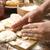詳細 · 手 · 少女 · キッチン · ケーキ - ストックフォト © joannawnuk