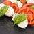 カプレーゼサラダ · トマト · バジル · バルサミコ酢 - ストックフォト © joannawnuk