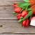 新鮮な · チューリップ · 花束 · ギフトボックス · 木製のテーブル · コピースペース - ストックフォト © karandaev