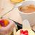 エスプレッソ · コーヒー · フルーツケーキ · フルーツ · クリーム · ケーキ - ストックフォト © keko64