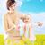 feliz · sonriendo · madre · hija · cielo - foto stock © konradbak