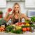 jonge · vrouw · koken · keuken · jonge · mooi · meisje · groenten - stockfoto © Kurhan