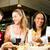 znajomych · para · jedzenie · fast · food · burger · frytki - zdjęcia stock © kzenon