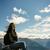 donna · seduta · montagna · guardando · rock · escursioni - foto d'archivio © kzenon