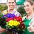 vrouwelijke · tuinman · markt · tuin · kwekerij · bloemist - stockfoto © kzenon