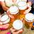 amigos · cerveza · jardín · potable · verano · mujer - foto stock © kzenon