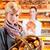 女性 · 顧客 · ベーカリー · パン - ストックフォト © Kzenon