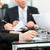 営業会議 · 作業 · 契約 · ビジネス · 会議 · オフィス - ストックフォト © Kzenon