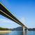 吊り橋 · 香港 · 青 · 橋 · 海岸 · 日 - ストックフォト © leungchopan