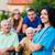familie · bezoeken · verpleeginrichting · gelukkig · tonen · kwaliteit - stockfoto © lighthunter