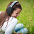 肖像 · かなり · 若い女性 · 音楽を聴く · mp3プレーヤー · 屋外 - ストックフォト © lightpoet
