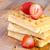 eigengemaakt · aardbeien · houten · vruchten · glas · groene - stockfoto © manaemedia