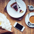 estilo · de · vida · ramo · tulipanes · café · leche - foto stock © manera