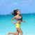 actief · lifestyle · vrouw · lopen · blootsvoets · strand - stockfoto © Maridav