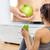 mulher · casa · fitness · halteres · tela · tv - foto stock © maridav