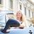 auto · vrouw · jonge · vrouw · tonen · teken - stockfoto © maridav