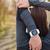 を実行して · 女性 · ジョガー · 心拍数 · モニター · 時計 - ストックフォト © maridav