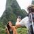 カップル · スマートフォン · ハイキング · ハワイ · 写真 - ストックフォト © maridav