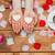 ręce · płatki · kilka · monet · ślub - zdjęcia stock © master1305