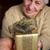 senior · jonge · vrouwen · holding · handen · dame · voorjaar · hand - stockfoto © melpomene