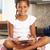 lány · ül · konyhapult · digitális · tabletta · gyermek - stock fotó © monkey_business