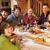 группа · друзей · еды · альпийский · вместе - Сток-фото © monkey_business