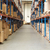 vide · entrepôt · permanent · homme · regarder - photo stock © monkey_business