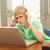 endişeli · bakıyor · erkek · dizüstü · bilgisayar · kullanıyorsanız · kız · dizüstü · bilgisayar - stok fotoğraf © monkey_business