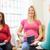 妊娠 · 白人 · 女性 · ノート · 腹 - ストックフォト © monkey_business