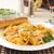 ほうれん草 · トルテッリーニ · トマトソース · 食品 · 新鮮な · レース - ストックフォト © msphotographic