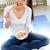 młoda · kobieta · jedzenie · zboża · mleka · kobieta · żywności - zdjęcia stock © nenetus