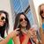 drei · Mädchen · Smartphones · Campus · Porträt - stock foto © nenetus