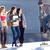 groep · jonge · vrienden · spelen · bordspel - stockfoto © nenetus