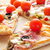 pizza · tocino · aceitunas · tomates · cherry · queso · de · cabra · rojo - foto stock © nito