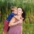 meisje · zoenen · zwangere · moeder · shot · weinig - stockfoto © o_lypa