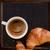 sabroso · croissant · oscuro · alimentos · café - foto stock © olira