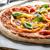 素朴な · ピザ · サラミ · ほうれん草 · 粘土 - ストックフォト © peteer