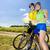 二人の男性 · バイク · 屋外 · 笑みを浮かべて · 女性 · 幸せ - ストックフォト © phbcz