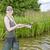 vrouw · vissen · vijver · vrouwen · ontspannen · jonge - stockfoto © phbcz