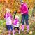 家族 · 畑 · 美しい · 小さな · 笑みを浮かべて · 4 - ストックフォト © phbcz