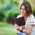 femme · lecture · livre · électronique · jeune · femme · ordinateur - photo stock © photobac