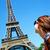 Parijs · gelukkig · Eiffeltoren · toeristische · Europa · vrolijk - stockfoto © photocreo